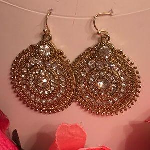 Gold /crystal stones earrings